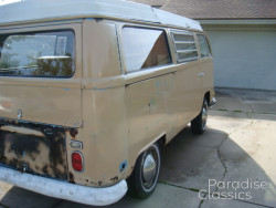 Tan 1970 Volkswagen Bus