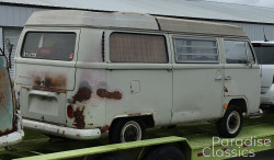 White 1969 Volkswagen Bus